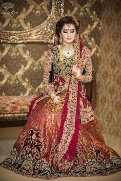 Beautiful Pakistani Bridal Dresses For Barat Day 2017 2018 4 Pakistani Bridal Dresses Online, Indian Bridal Outfits, Pakistani Bridal Wear, Bridal Gowns, Bridal Lehenga, New Bridal Dresses, Red Lehenga, Pakistani Couture, Wedding Outfits