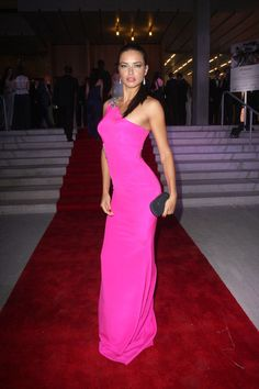 Adriana Lima Black Dress | Back to post Adriana Lima – 3rd Annual BrazilFoundation Gala in ...