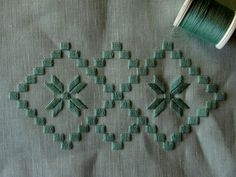 machine embroidery with wool thread