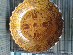 Tóth Gergely falitányér Decorative Plates, Home Decor, Decoration Home, Room Decor, Interior Decorating
