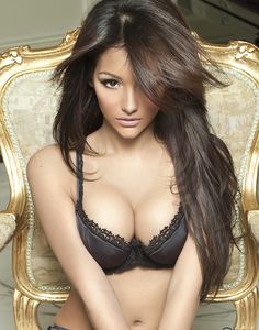 Melanie Iglesias. Beautiful Women With Gorgeous Long Hair: Posted by Ciao Bella and Venus Hair Extensions.