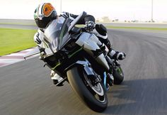 Kawasaki Ninja H2r on track