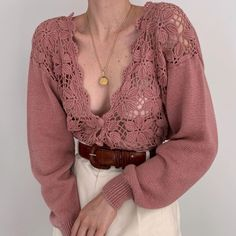 Gorgeous, favorite rose crochet open knit cardigan with intricate floral details and a scalloped edge. Truly amazed by this special piece. Look Fashion, Korean Fashion, Fashion Outfits, Womens Fashion, Fashion Tips, Travel Outfits, Classy Fashion, Fashion Fashion, Fashion Ideas