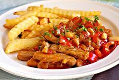 My starší a pokročilí jsme si ho dávali v restauracích po celém tehdejším Československu. K tomu hranolky a tatarská omáčka, to byla dobrota! :) Kung Pao Chicken, Bon Appetit, Chicken Wings, Pork, Ethnic Recipes, Sweet, Halloween, Diet, Bakken