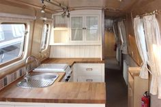 Top 65 Rvs And Camper Van Interior Design Ideas Narrowboat Kitchen, Narrowboat Interiors, House Boat Interiors, Canal Boat Interior, Sailboat Interior, Barge Interior, Interior Modern, Interior Ideas, Interior Design