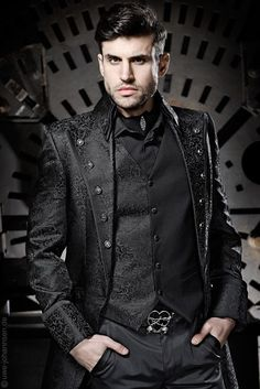 I'm in love!! Steampunk Mens Clothing | Mens victorian/steampunk fashion | Steampunk
