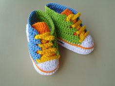 Tênis em Crochê Colorido (parte3 fim)  verde, azul, laranja e amarelo                                                                                                                                                                                 Mais