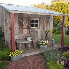 Build a shed on a weekend - Plans - - Garden shed. Flowers Build a Shed on a Weekend - Our plans include complete step-by-step details. If you are a first time builder trying to figure out how to build a shed, you are in the right place! Backyard Sheds, Outdoor Sheds, Backyard Landscaping, Garden Sheds, Garden Shed Exterior Ideas, Garden Tools, Rustic Gardens, Outdoor Gardens, Shed Design