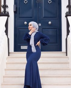 Pinterest: @adarkurdish Modesty Fashion, Abaya Fashion, Islamic Fashion, Muslim Fashion, Modest Outfits, Casual Outfits, Egyptian Actress, Eid Dresses, Muslim Girls