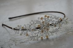 Hey, I found this really awesome Etsy listing at https://www.etsy.com/ru/listing/212394239/stunning-bridal-headpiece-with-twinkling