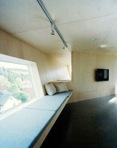 Floors and Walls Edge house -