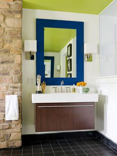 A large, uninterrupted expanse of flooring creates the illusion of more space in a small bathroom! More small bathroom ideas here: http://www.bhg.com/bathroom/vanities/small-bathroom-vanities/small-bathroom-vanity-ideas/?socsrc=bhgpin121814floatingwonder&page=9