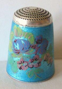 Fine English James Swann Son Sterling Silver Guilloche Enamel Floral Thimble
