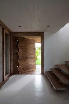 Una casa de estilo natural en Brasil - Linea R