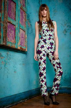 http://www.style.com/slideshows/fashion-shows/pre-fall-2015/matthew-williamson/collection/18