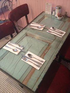 Door table with glasstop