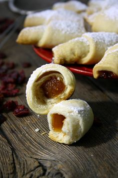 You will find here various recipes mainly traditional Romanian and Mediterranean, but also from all around the world. Traditional, Cookies, Recipes, Kitchens, Crack Crackers, Cookie Recipes, Recipies, Ripped Recipes, Recipe