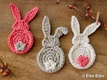 Crochet rabbit // crochet leftovers // DIY - Crochet lots of little bunnies for Easter // with your colorful wool scraps as a great Easter decor - Hand Knitting, Knitting Patterns, Crochet Patterns, Crochet Stitches, Easy Knitting Projects, Crochet Projects, Crochet Easter, Crochet Diy, Knitted Teddy Bear