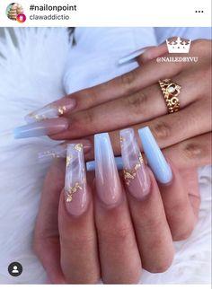 Classy Acrylic Nails, Bling Acrylic Nails, Acrylic Nails Coffin Short, White Acrylic Nails, Coffin Shape Nails, Best Acrylic Nails, Acrylic Nail Designs, Gold Coffin Nails, Coffin Acrylics
