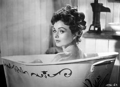 Jeanne Crain - Man Without a Star - 8 X 11 - top quality image - (reprint). Hollywood Glamour, Classic Hollywood, Old Hollywood, Jeanne Crain, Cinema, Hooray For Hollywood, Bathing Beauties, Classic Films, Best Actress