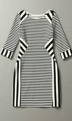 Gorgeous middle-sleeved striped dress stripe is in