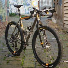 Curve Bikes GMX