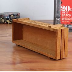 Antique Wooden Table Sundries Container Cosmetics Storage Box Multifunctional Flowerpot Gifts Office