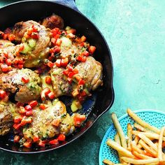 10 hearty chicken recipes for fall - Herbed chicken with mint-pepper salsa