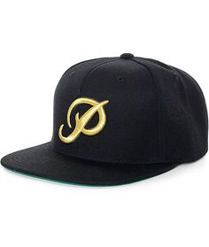 Improve your skate style with a dope new look of the Primitive Classic P Starter snapback hat. A metallic gold Primitive P script logo embroidered on the front gives an iconic street look to this black crown plus a gold metallic Starter logo embroidered o