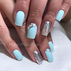 Маникюр | Ногти Nail Decals, Everyday Fashion, Nail Designs, Nail Polish, Glitter, Quinceanera, Nails, Beauty, Ideas