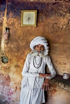 Man in India. Photo by Steve McCurry via stevemccurry.wordpress.com