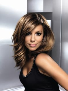 eva longoria kort haar - Google zoeken Medium Hair Cuts, Medium Hair Styles, Short Hair Styles, Hair And Makeup Tips, Hair Makeup, Brunette Beauty, Hair Beauty, Eva Longoria Hair, Long Shag Haircut