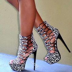 Shoespie Geometric Up Platform Sandals