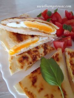 Naleśniki po francusku Crepes And Waffles, Cooking Recipes, Healthy Recipes, Polish Recipes, Tortellini, Cake Recipes, Clean Eating, Appetizers, Food And Drink