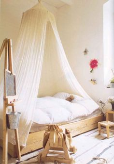 The natural light in this room has a great effect on the sheer material of this canopy in bed. It shines through it and gives this room a warm ambience Girl Room, Girls Bedroom, Bedroom Ideas, Baby Room, Casa Kids, Deco Kids, Kid Spaces, New Room, Kids Decor