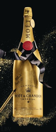 Moët & Chandon Unveils the Golden Premium Jeroboam Moet Chandon, Whisky, Tequila, Vodka, Champagne Moet, Expensive Champagne, Alcoholic Drinks, Cocktails, Foto Poster
