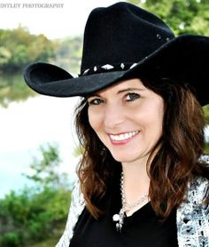 Check out Cindy Larson on #ReverbNation...  @scissorhandscps
