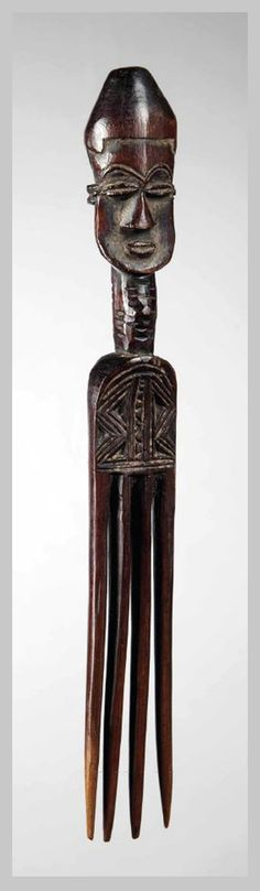 Africa | Comb from the Lele people of DR Congo | Wood; deep red brown patina