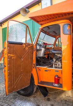 GALERIE: Tatra Hvězda stavenišť i pískovišť ve velké galerii Dump Truck, Big Trucks, Car Ins, Motor Car, Cars And Motorcycles, Automobile, Czech Republic, Vehicles, Prague