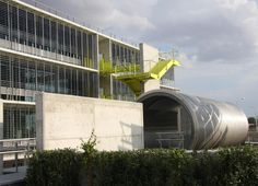 Campus Palmas Altas by Richard Rogers & partners, received AIA award, in the 'Commercial' category (14 april 2010) It is a business park in Seville, designed for green technology company Abengoa.  The annual AIA Excellence in Design Awards Program recognises and honours excellence in design in the UK and around the world. The judges praised the detailing, sustainability strategy and quality of outdoor space in a commercial building designed and constructed within a tight schedule and…
