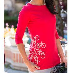 Women's Cycling T-Shirts, could probably make something similar with bleach pen & stencil! Buy Bike, Bike Run, Mountain Bike Shoes, Mountain Biking, Cycling T Shirts, Women's Cycling, Cycling Equipment, Audi, Road Bike Women