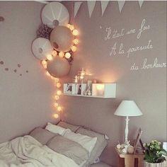 Balkanic loves… (Diy Wall Decor For Living Room) - Zimmer dekor My New Room, My Room, Girl Room, Spare Room, Tumblr Room Decor, Tumblr Rooms, Home Bedroom, Bedroom Decor, Light Bedroom