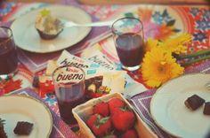 Chocolate party with Kinder Bueno Chocolate Party, Chocolate Fondue, Recipe Using, Nom Nom, Movie, Night, Cake, Desserts, Recipes