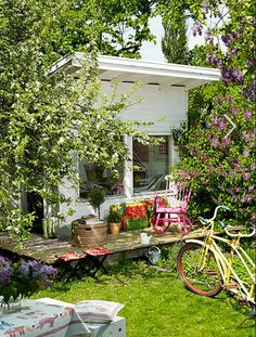 Most beautiful cubby house ever, mainly because of the simplicity and the garden!