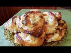 Υπέροχα ρολά με κρέμα βανίλιας και σταφίδες!!! - YouTube Raisin, Baked Potato, French Toast, Bakery, Rolls, Potatoes, Breakfast, Ethnic Recipes, Sweet