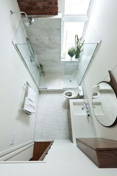 167 Top Modern Bathroom Shower Ideas For Small Bathroom - Page 40 of 169 Small Bathroom Layout, Modern Master Bathroom, Contemporary Bathrooms, Modern Bathroom Design, Bathroom Interior Design, Bathroom Ideas, Small Bathroom Renovations, Bathroom Designs, Bathroom Remodeling