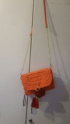 Crochet raffia purse