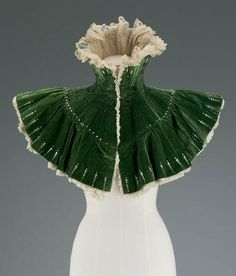 """keeping the decollete safe from the chill:  she brings out this lace lined green velvet piece: also a great perfume """"catcher""""//Capelet  1900  The Museum of Fine Arts, Boston"""
