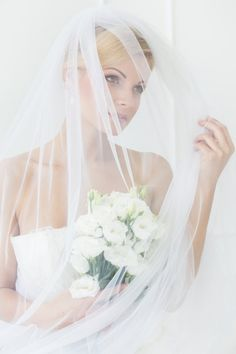 Mariage, Wedding, coiffure, headpiece, flowers, bouquet, couple, love, long hair, hairstyle, bride and groom, ceremony, weddingphotography