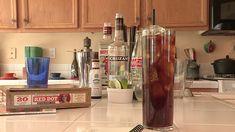 Cuba Libre Preparado:  1 ½ ounce light rum ½ ounce London dry gin ¾ ounce lime juice 2 dashes Angostura bitters Coca-Cola